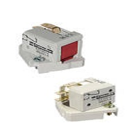 Microswitches for Protistor® fuse-links Microswitches for fuses sizes 30 to 33 and 70 to 73